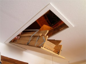 Retractable stairs to the second floor or attic, how to make the most with their own hands. Retractable ladder made of wood