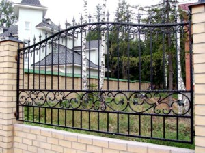 Forged fence for the garden
