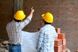 Choosing a good contractor for renovation and construction of the house