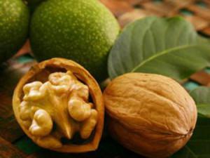 горіх грецький або волоський, орехи
