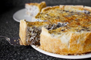 The recipe, homemade, delicious mushroom pie for the New Year and the holiday table in 2017