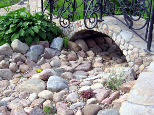 Dry creek in the country with their own hands, photos, step by step instructions how to do