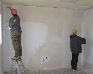 Do I need to prime the walls before painting, putty, plaster and glue wallpaper?